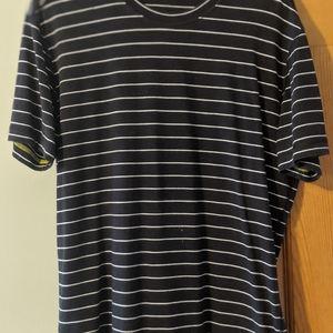 Lulu Lemon short sleeve t-shirt